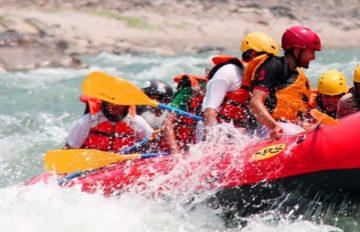 Rafting sur la rivière Bhotekoshi